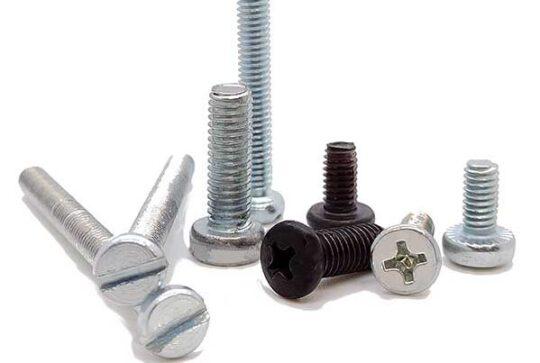 Tornillos para metal de baja resistencia