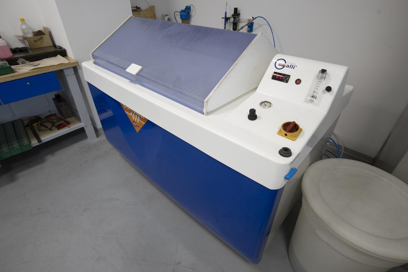 Máquina de pruebas en niebla salina